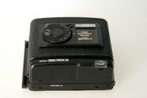 BRONICA GS 645 220 BACK***