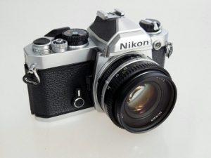 NIKON FM   NIKKOR 50mm f1.8 LENS **