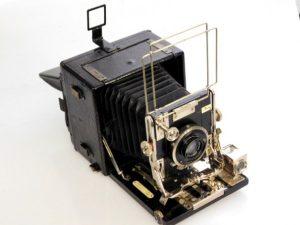 SANDERSON quarter plate camera***