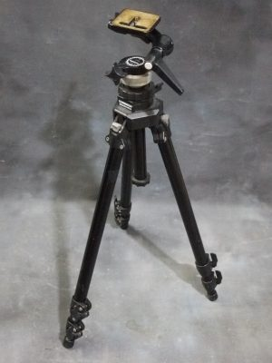 MANFROTTO SILVESTRI (MANFROTTO 055CB) WITH MANFROTTO 115 THREE-WAY HEAD***