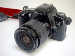 CANON EOS 3000 WITH 35-80mm f/4-5.6 LENS***