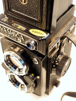 YASHICA MAT-124G 6×6 TLR CAMERA***