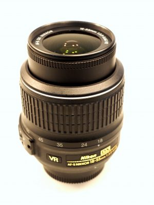 NIKON AF-S 18-55mm f3.5-5.6 G VR LENS***