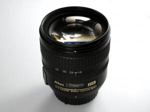 NIKON 18-70mm F/3.5-4.5 G AF-S ED DX***